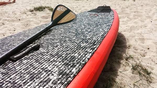 SUP Board und Paddel